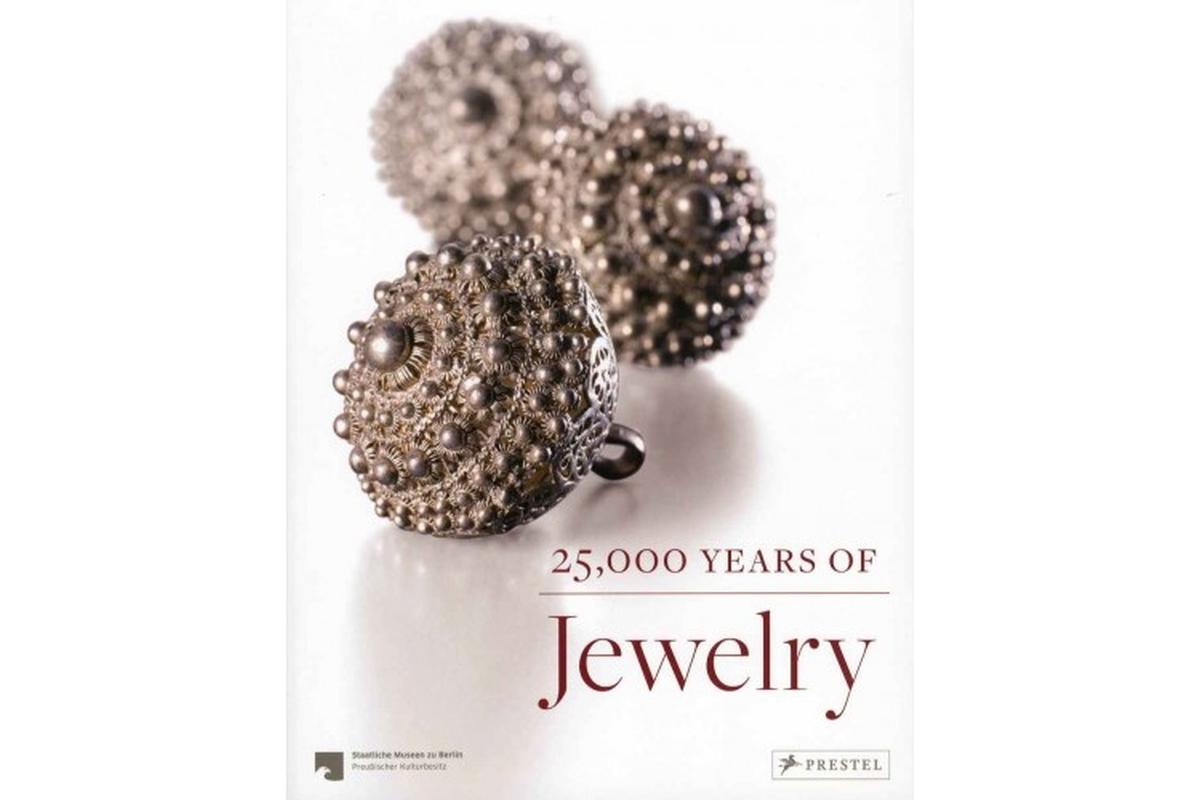 25000 Years of Jewelry