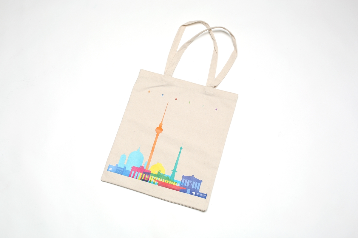 Yoni Alter: Tasche Berlin