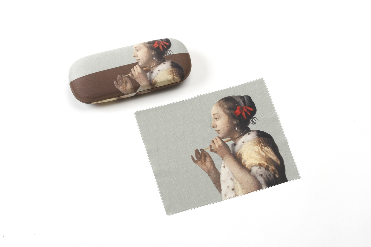 Spectacle case Vermeer, Woman with a Pearl Necklace