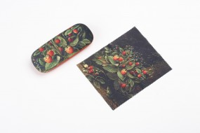 Spectacle case Schlesinger, Strawberries